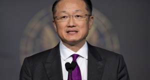 World Bank President Jim Yong Kim speaks about ending extreme poverty during a speech at Georgetown University in Washington, DC, April 2, 2013. AFP PHOTO / Saul LOEB