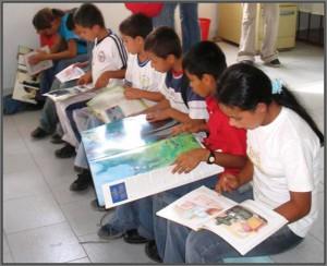 Niños-leyendo-737x600