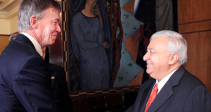 CHUAYFFET Y GOBERNADOR COLORADO
