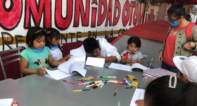 Acciones educativas de lectura y escritura deben convertirse en prácticas sociales y políticas